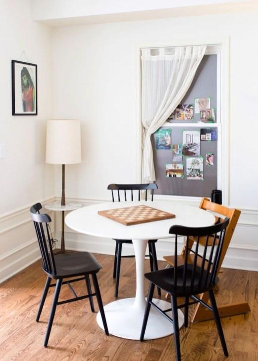 Modern Minimalist House That Full Of Surprises 49