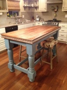 Amazing Farmhouse Kitchen Tables Ideas 11
