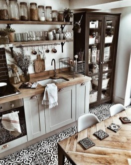 Amazing Farmhouse Kitchen Tables Ideas 51