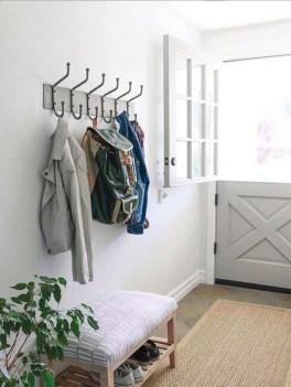 Stylish Small Entrance Ideas 44