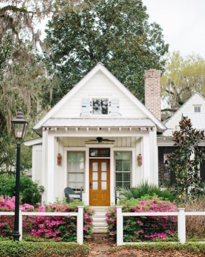 This Small Charming House Is Perfect 05