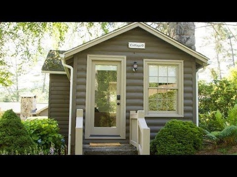 This Small Charming House Is Perfect 06