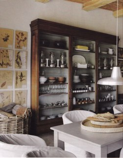 Ways To Deal With Narrow And Dark Room 10