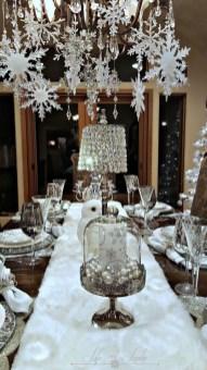 Adorable White Christmas Decoration Ideas 46