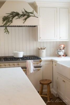 Awesome Christmas Kitchen Decor Ideas 07