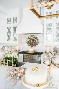 Awesome Christmas Kitchen Decor Ideas 13