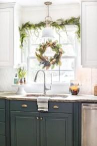 Awesome Christmas Kitchen Decor Ideas 19