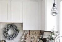 Awesome Christmas Kitchen Decor Ideas 38