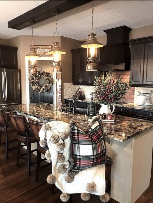 Awesome Christmas Kitchen Decor Ideas 43