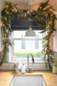 Awesome Christmas Kitchen Decor Ideas 46