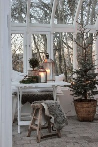 Awesome Scandinavian Christmas Decor Ideas 02