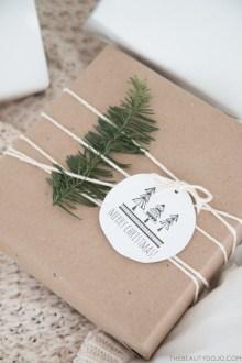Awesome Scandinavian Christmas Decor Ideas 39