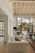 Beautiful Neutral Living Room Ideas 46