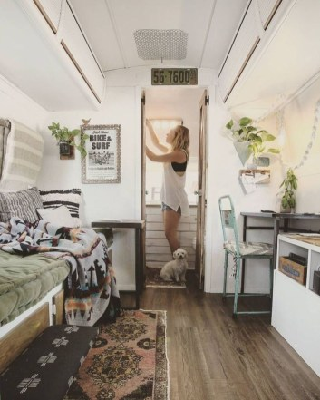 Beautiful Rv Remodel Camper Interior Ideas For Holiday 49