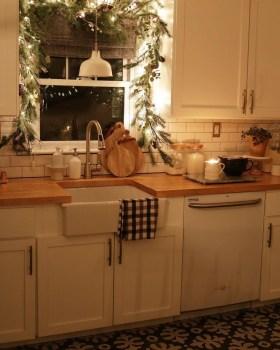 Best Farmhouse Kitchen Sink Ideas 33