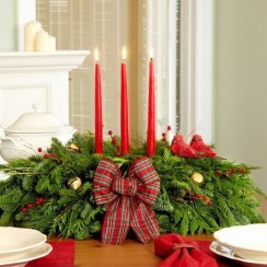Charming Christmas Candle Decor Ideas 05