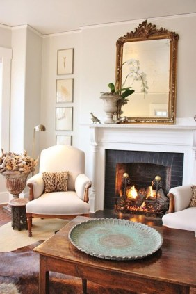 Comfy Winter Living Room Ideas With Fireplace 07