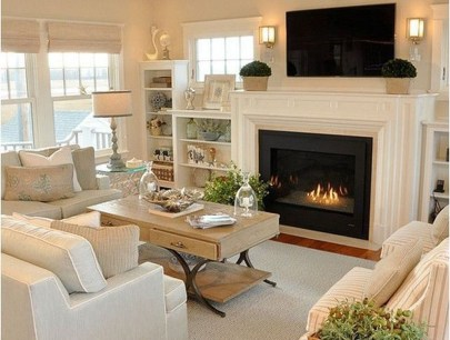 Comfy Winter Living Room Ideas With Fireplace 12