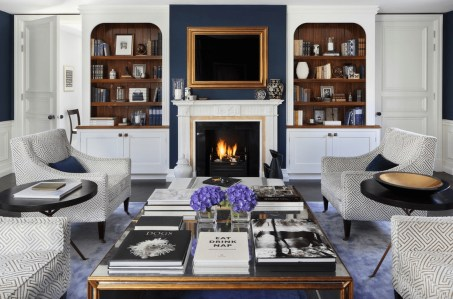 Comfy Winter Living Room Ideas With Fireplace 20