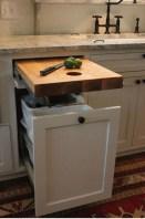 Cute Farmhouse Kitchen Remodel Ideas 02