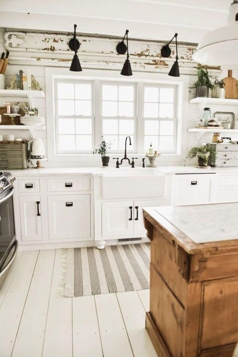 Cute Farmhouse Kitchen Remodel Ideas 09