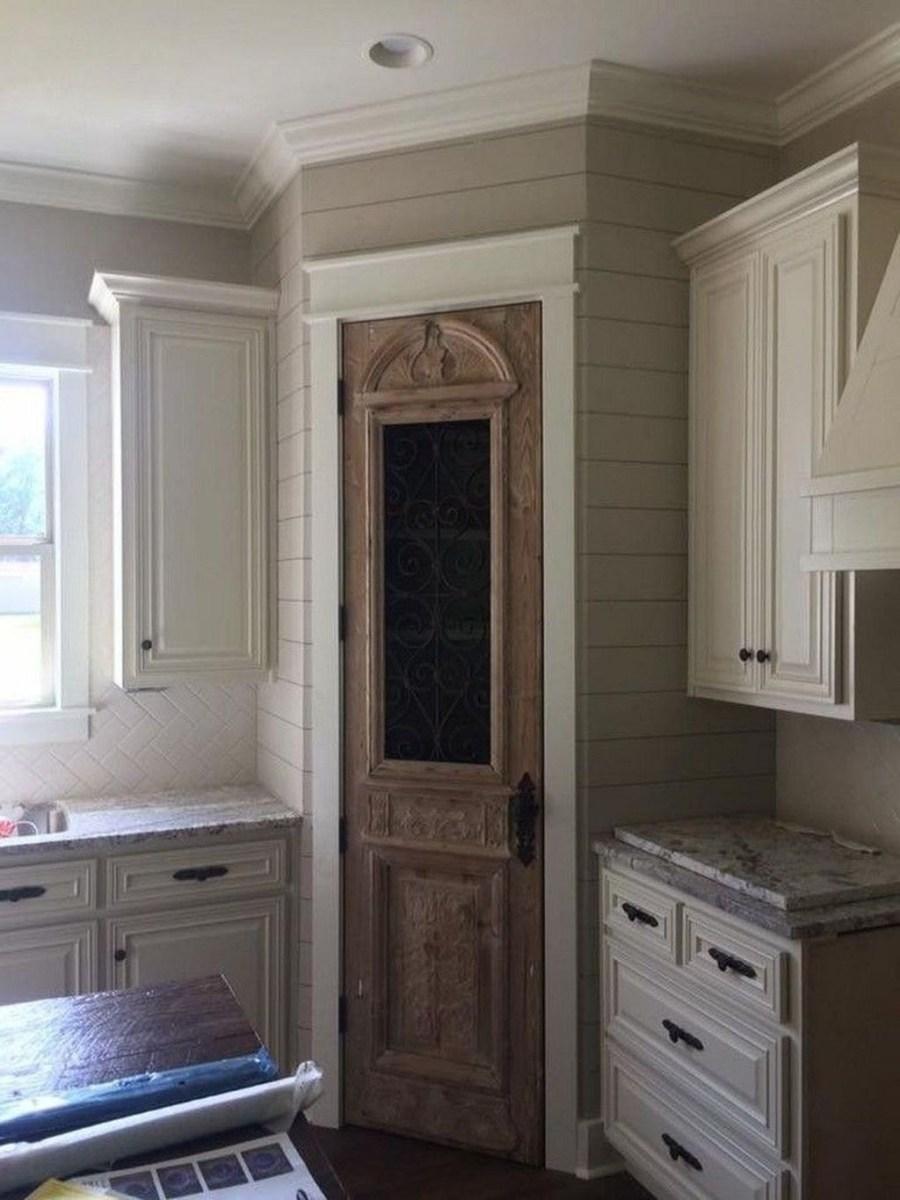 Cute Farmhouse Kitchen Remodel Ideas 27
