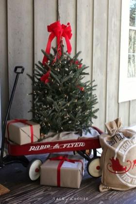Cute Outdoor Christmas Decor Ideas 16