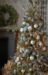 Extraordinary Christmas Tree Decor Ideas 03