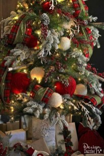 Extraordinary Christmas Tree Decor Ideas 05