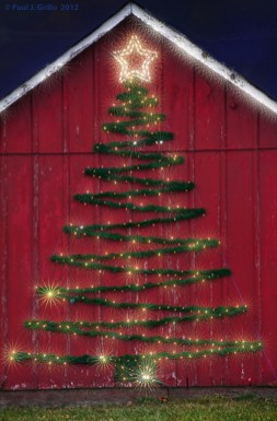Fascinating Farmhouse Christmas Decor Ideas 23