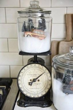 Fascinating Farmhouse Christmas Decor Ideas 33