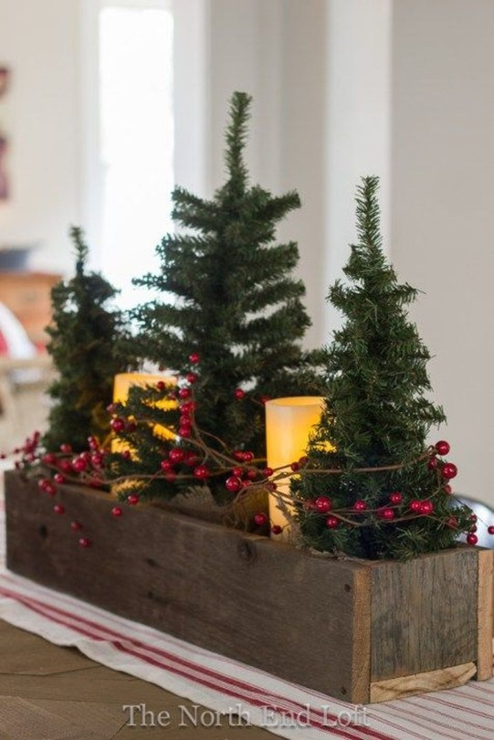 Fascinating Farmhouse Christmas Decor Ideas 46