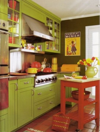 Lovely Red And Green Christmas Home Decor Ideas 56