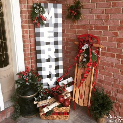 Perfect Christmas Front Porch Decor Ideas 33