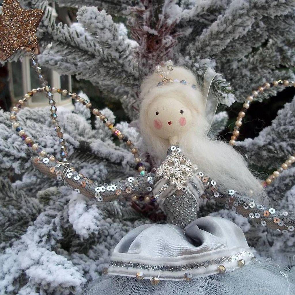 Pretty Diy Christmas Fairy Garden Ideas 05
