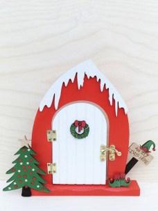 Pretty Diy Christmas Fairy Garden Ideas 25