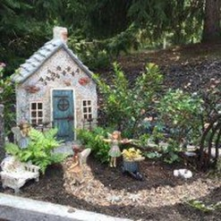 Pretty Diy Christmas Fairy Garden Ideas 26