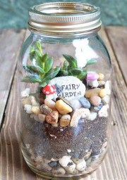 Pretty Diy Christmas Fairy Garden Ideas 27