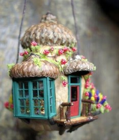 Pretty Diy Christmas Fairy Garden Ideas 41