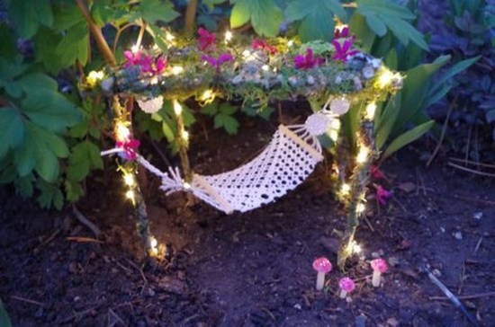 Pretty Diy Christmas Fairy Garden Ideas 47