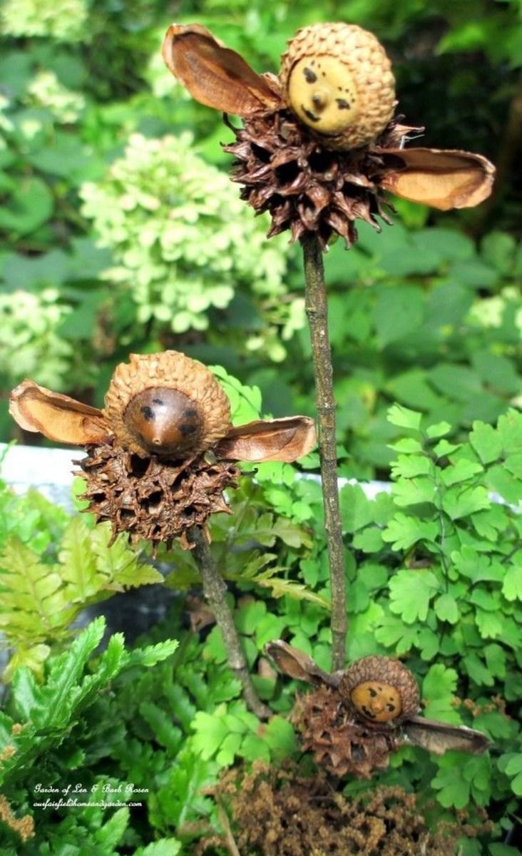 Pretty Diy Christmas Fairy Garden Ideas 52