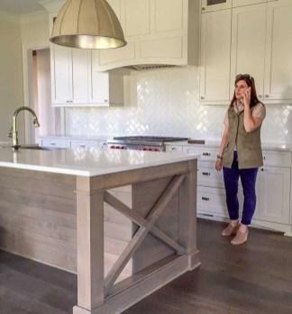 Pretty White Kitchen Backsplash Ideas 26