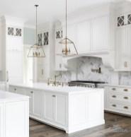Pretty White Kitchen Backsplash Ideas 27