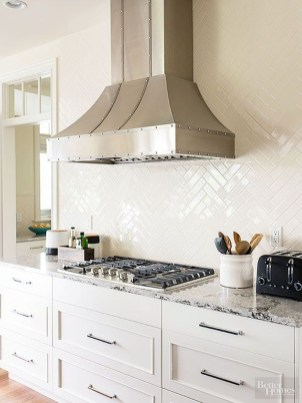 Pretty White Kitchen Backsplash Ideas 44