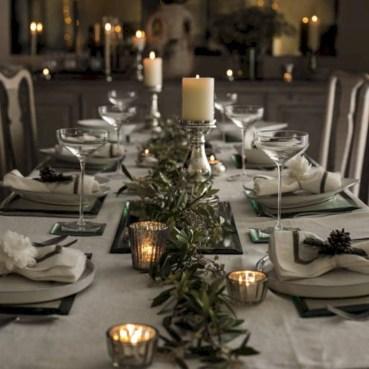 Stunning Christmas Dining Table Decoration Ideas 31