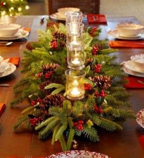 Stunning Christmas Dining Table Decoration Ideas 33
