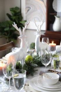 Stunning Christmas Dining Table Decoration Ideas 45