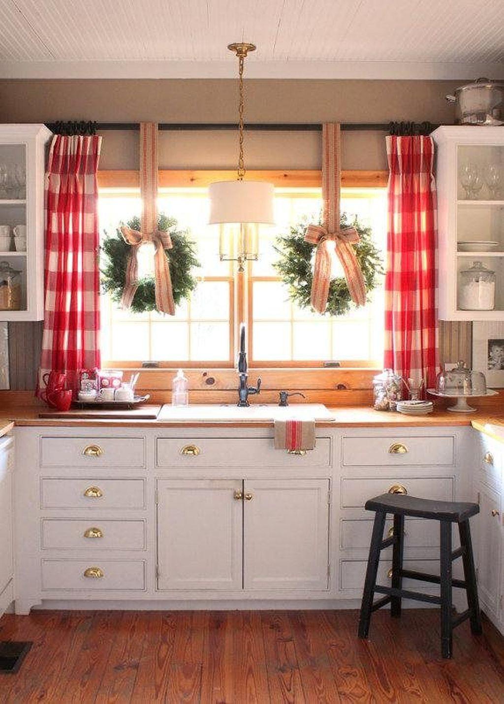 Unordinary Christmas Home Decor Ideas 06