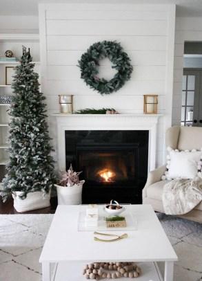 Unordinary Christmas Home Decor Ideas 26