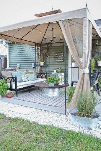 Attractive Small Patio Garden Design Ideas For Your Backyard 09